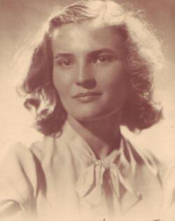 Carmen Laforet 1945
