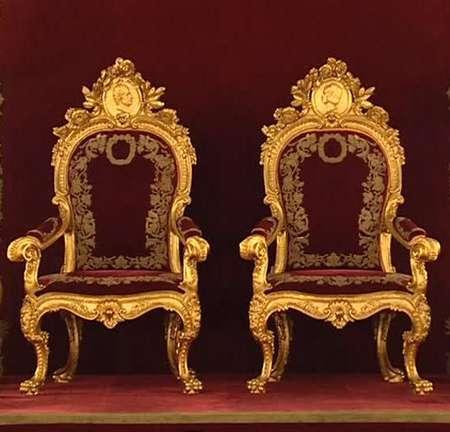 tronos
